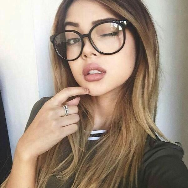 Pin By Juan John On Pretty Glasses Glasses Fashion Lily Maymac