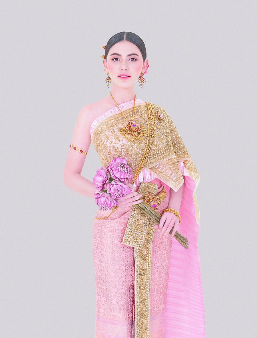 Traditional Thai Dress | ชุดไทย | Pinterest
