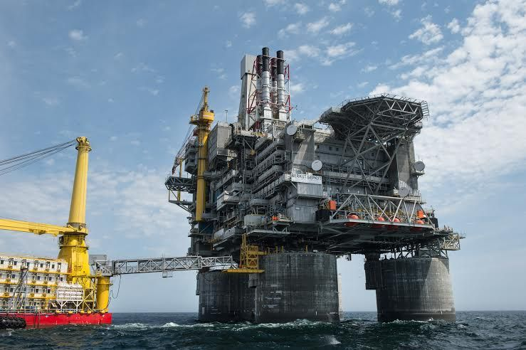 How Russia Oils the Wheels to the Future Oil platform