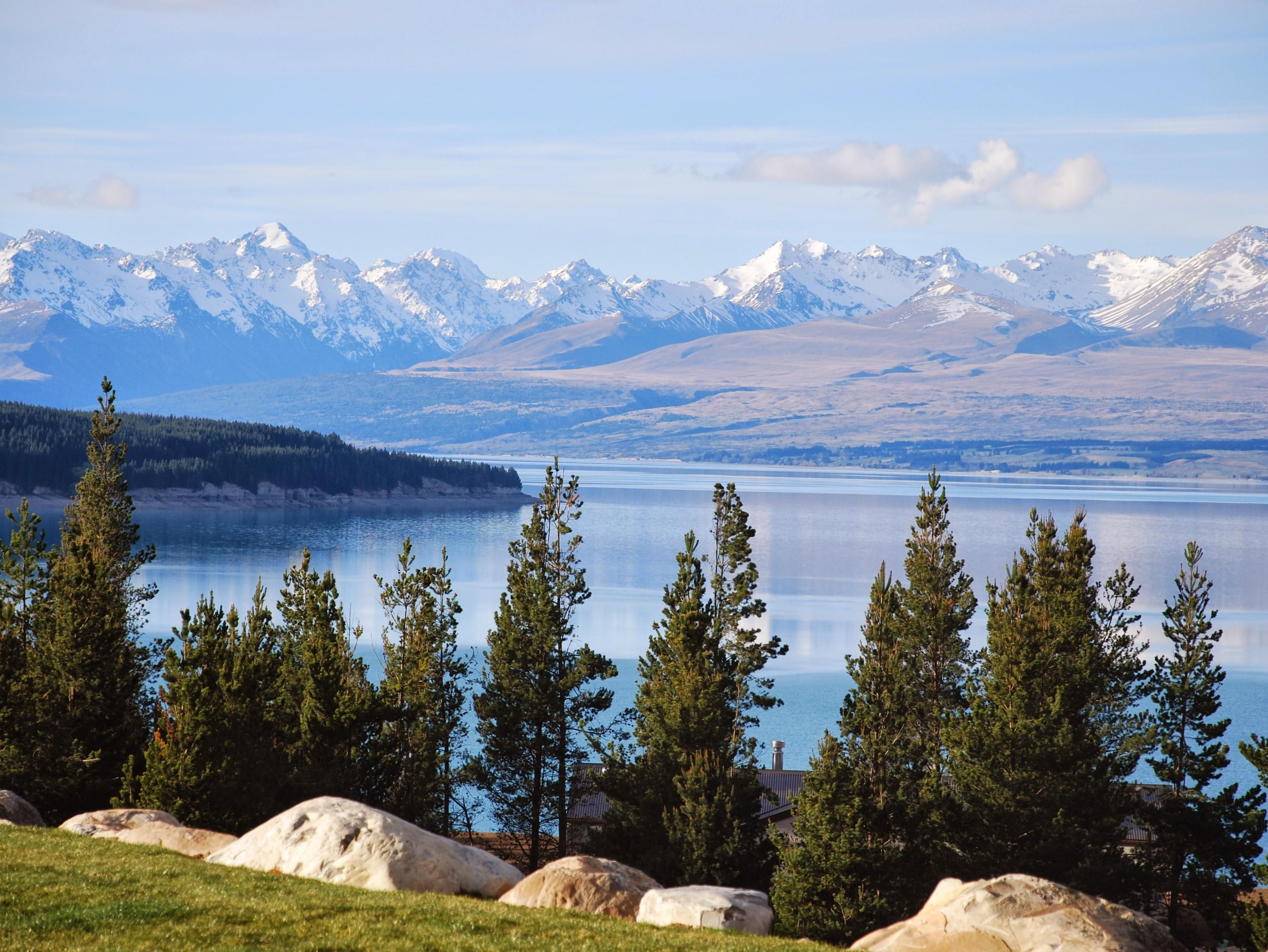 Twizel Mt Cook Lakeside Retreat New Zealand Pacific Ocean And Australia Mt Cook Lakeside Retreat Is Perfectly Located For Both Bu Pacific Ocean Ocean Lakeside