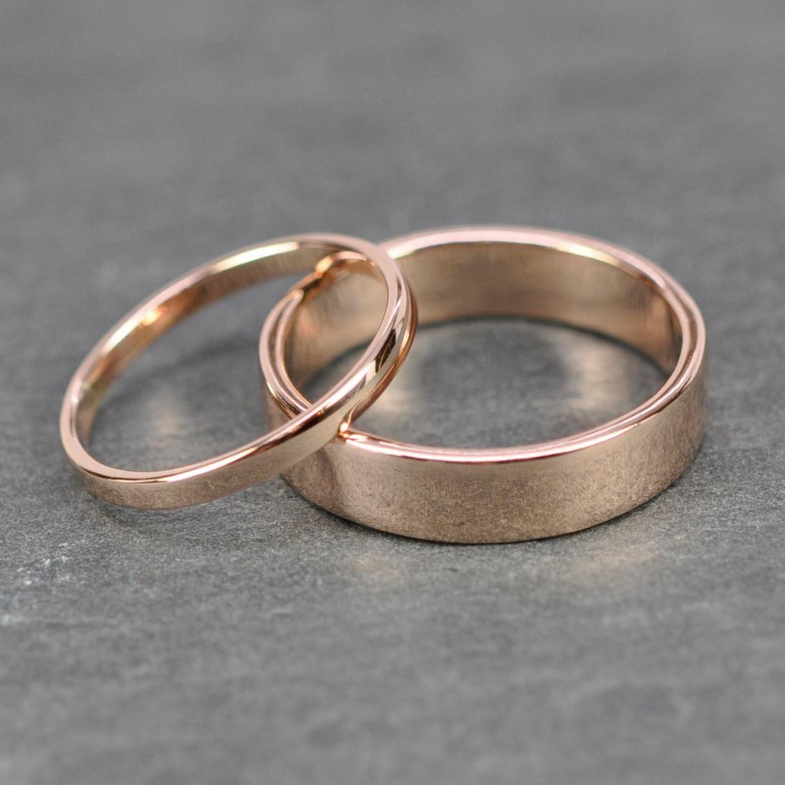 Rose Gold Ehering Set, 2mm und 5mm Ringe, 14K Rose Gold, glatt poliert, Rutledge Juweliere