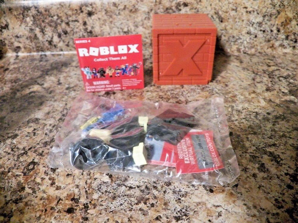 Roblox Series 4 - Roblox Series 4 Axis Angle W Code Brand New Jazwares