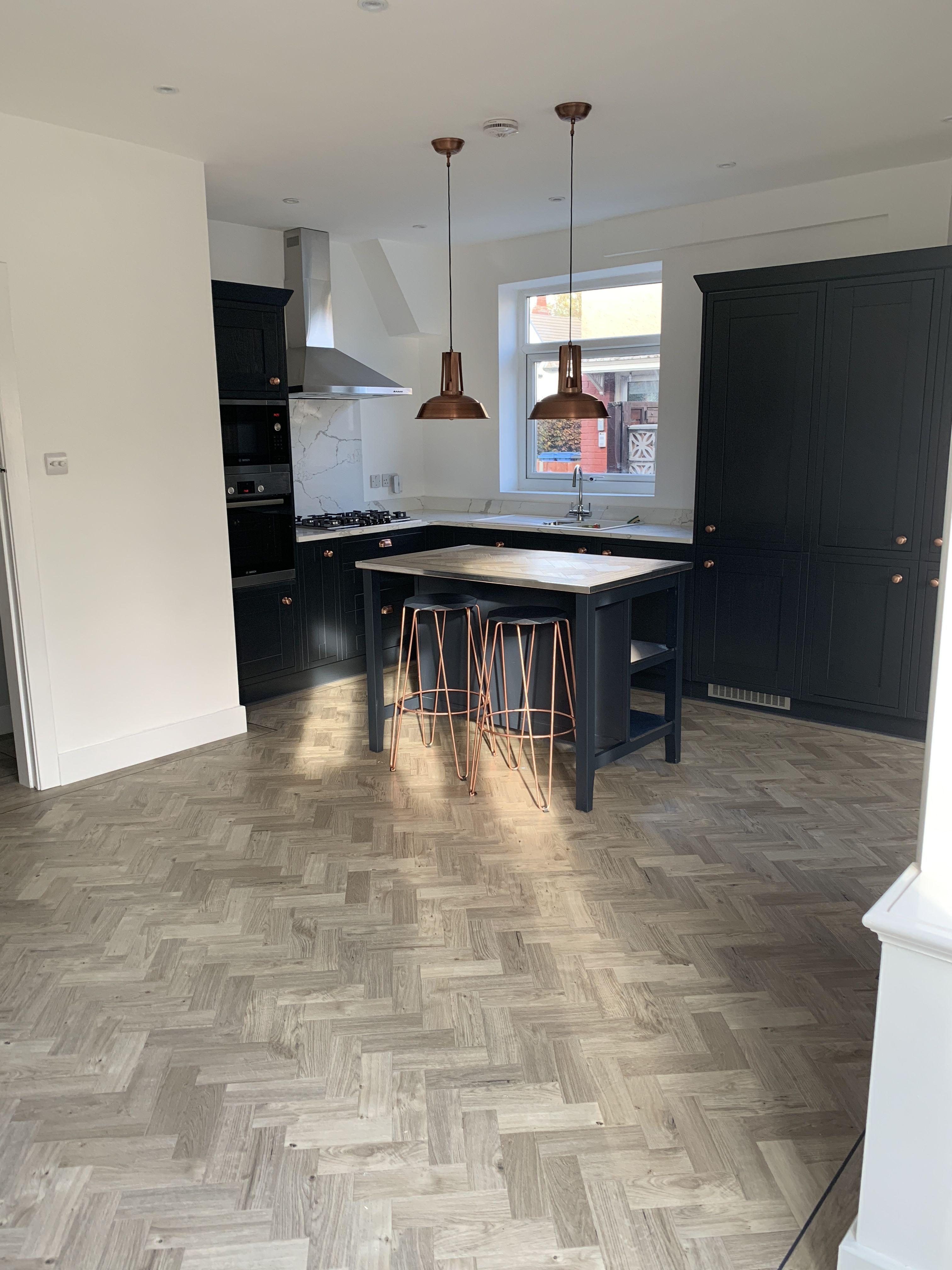 Navy and copper kitchen ideas   amtico sunbleached oak flooring ...