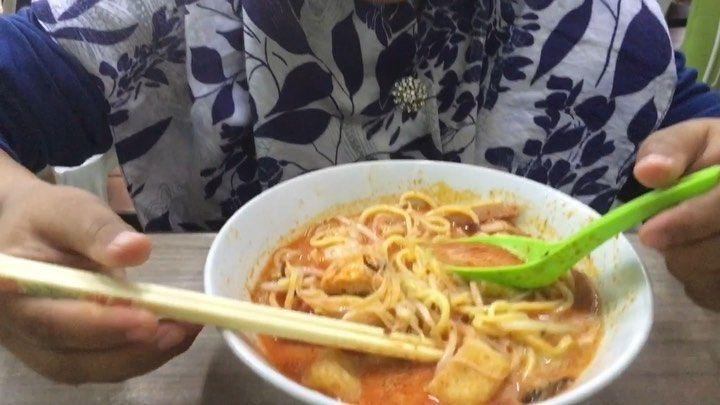 Penang's Culinary 🍔🌮🥙 - - #shotoniphone - - #malaysia #city #haze #tourism #travel #penang #love #fashion #photooftheday #asia #beauty #instapassport #vietnam #vsco #love #amor #любовь #мода #Russia #Россия #облака #осень #утро #еда