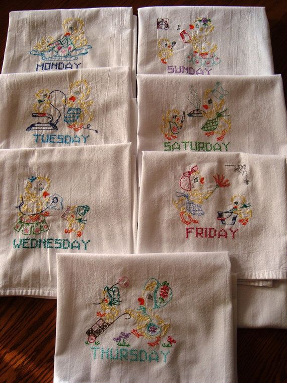 BLACK KITTEN DAYS OF THE WEEK MACHINE EMBROIDERED FLOUR SACK DISH TOWELS