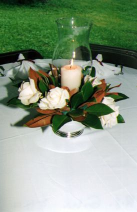 Pictures Of Magnolia Arrangements Gorgeous Magnolia Leaf Magnolia Leaves Centerpiece Magnolia Centerpiece Magnolia Wedding