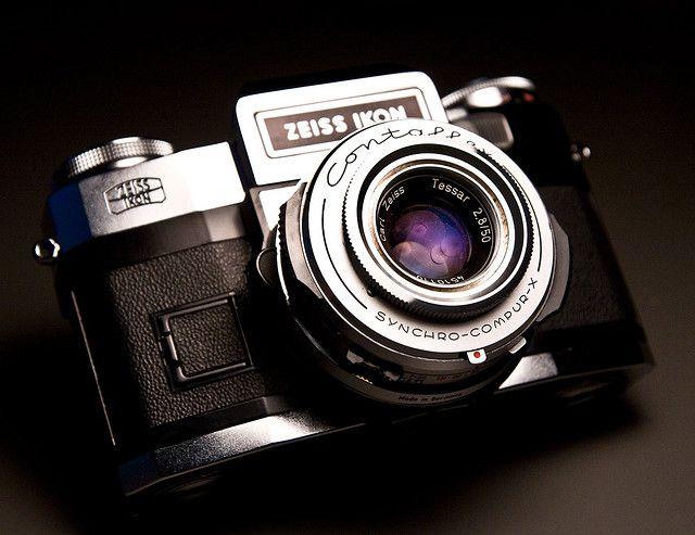 Zeiss Ikon Contaflex Super BC with Tessar 50mm f/2 8 | Film