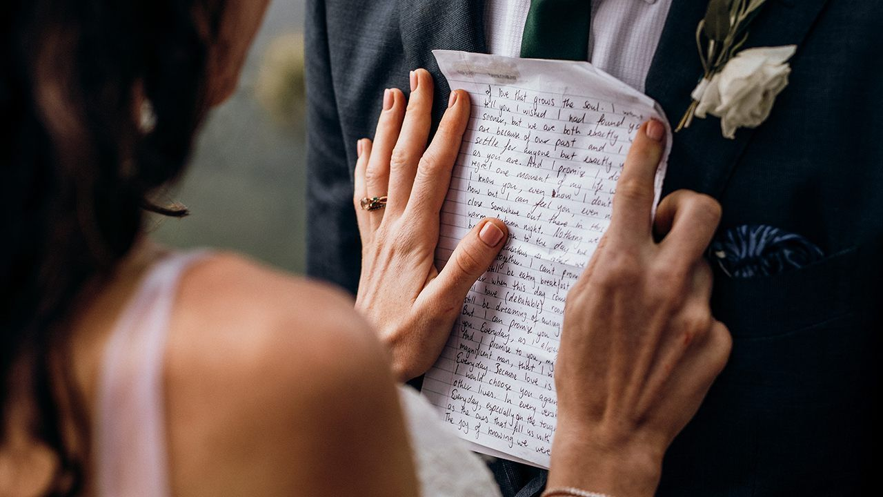 Bride reads groom letter she wrote to future husband