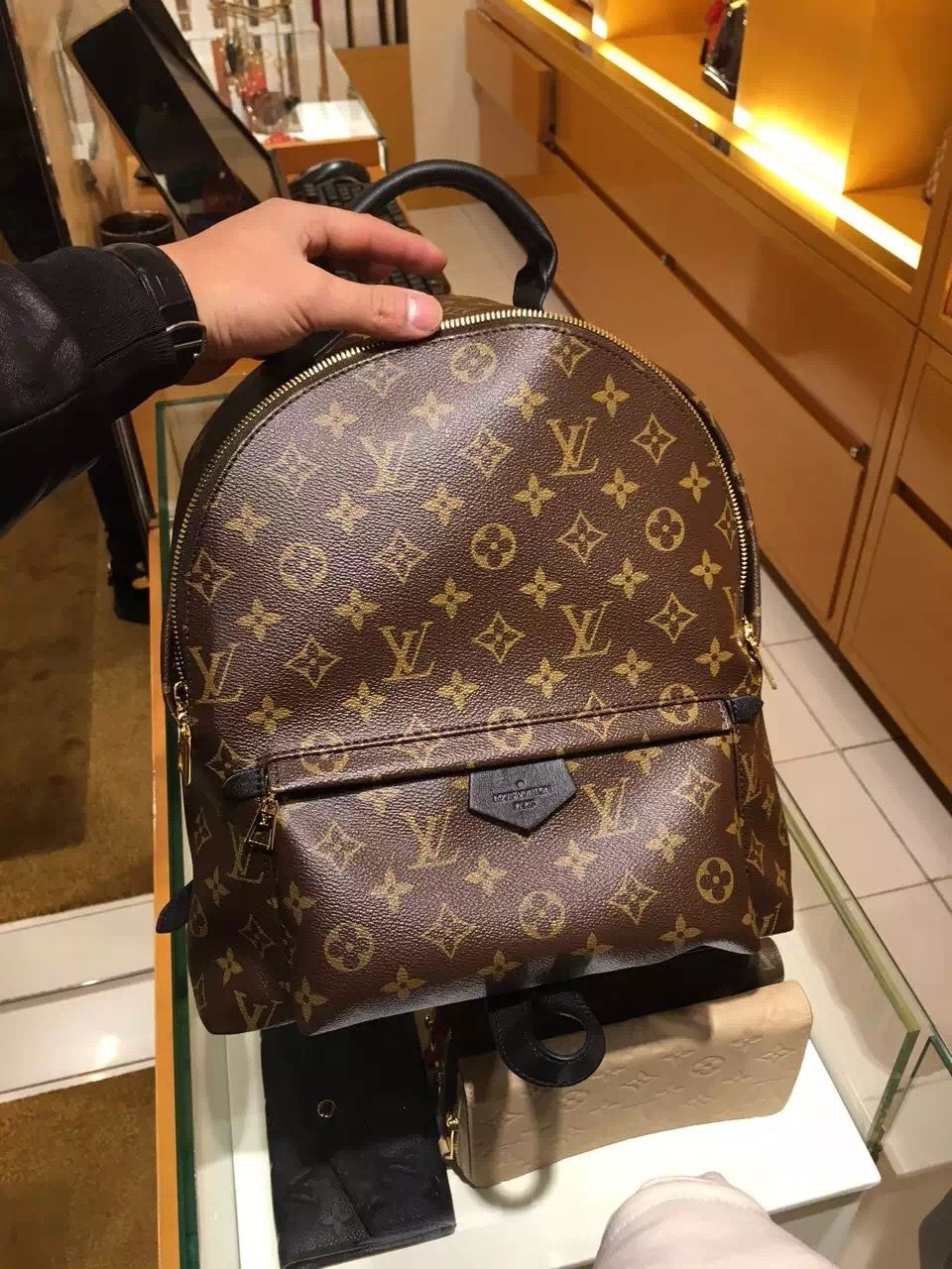 cf36cb2553184 Real Louis Vuitton Palm Springs MM Backpack M41561