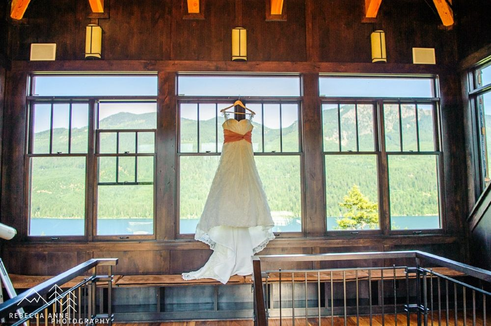 Snoqualmie Pass Mountain Top Wedding By Tacoma Photographer Rebecca Anne Photography