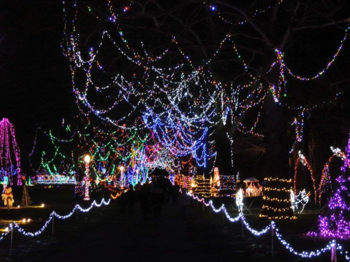 15 Christmas Light Displays In Ohio That Are Pure Magic ...
