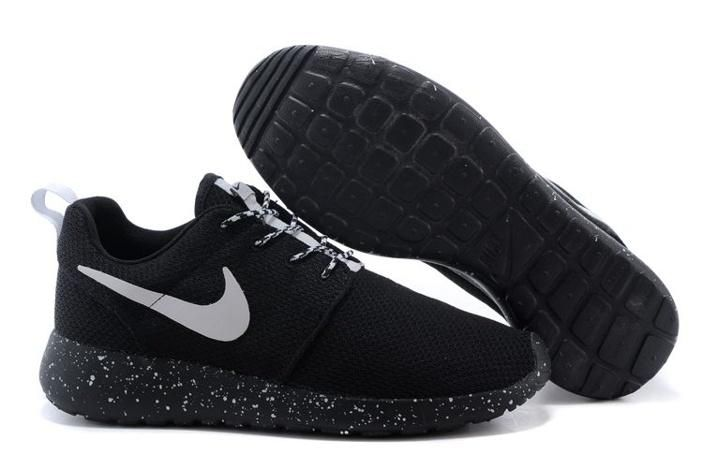 official photos 2ebc5 1d82a Nike Roshe Run Womens Shoes Oreos All Black White Hot
