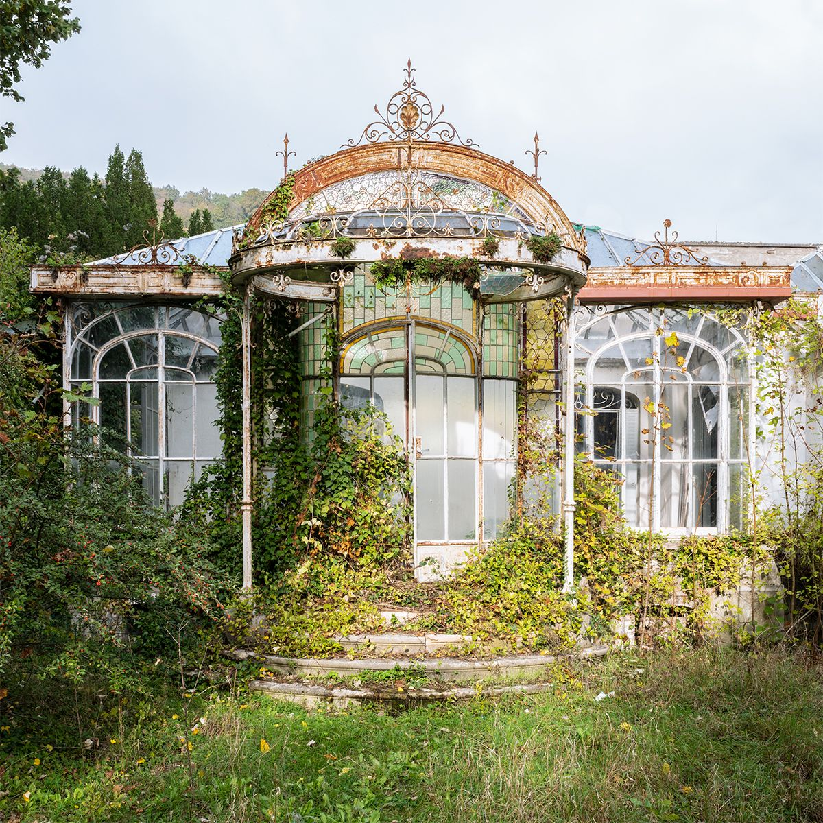Pin On Mojca: Abandoned Greenhouse By Nicola Bertellotti