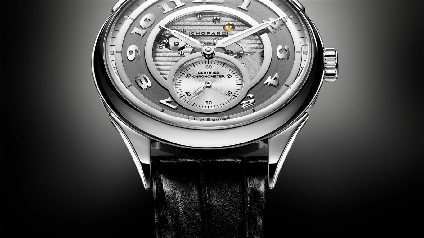 Luxury Chopard Collection Constitutes Of Happy Diamonds Classic Racing Imperiale Chopardissimo L U C Clas Chopard Watch Chopard Fashion Watches