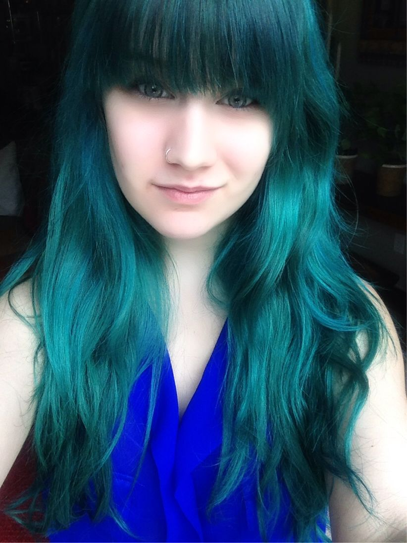 My Teal Hair Dyed With Manic Panic Voodoo Blue Manic Panic Voodoo Blue Teal Hair Dark Green Hair