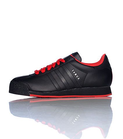 65 00 Adidas Low Top Sneaker Lace Up Closure Triple Adidas Stripes On Sides Cushioned Inner Sole For Comfort Black Adidas Shoes Toms Shoes For Men Sneakers