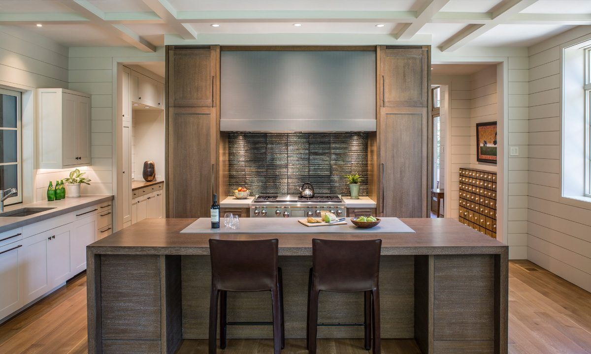 New Home Design In Asheville Twin Oaks Samsel Architects Rustic Kitchen Design Shingle Style Homes Rustic Modern Kitchen