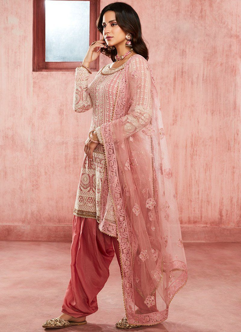 Dusty Pink Embroidered Georgette Punjabi Suit– Lashkaraa suit Dusty Pink Embroidered Georgette Punjabi Suit