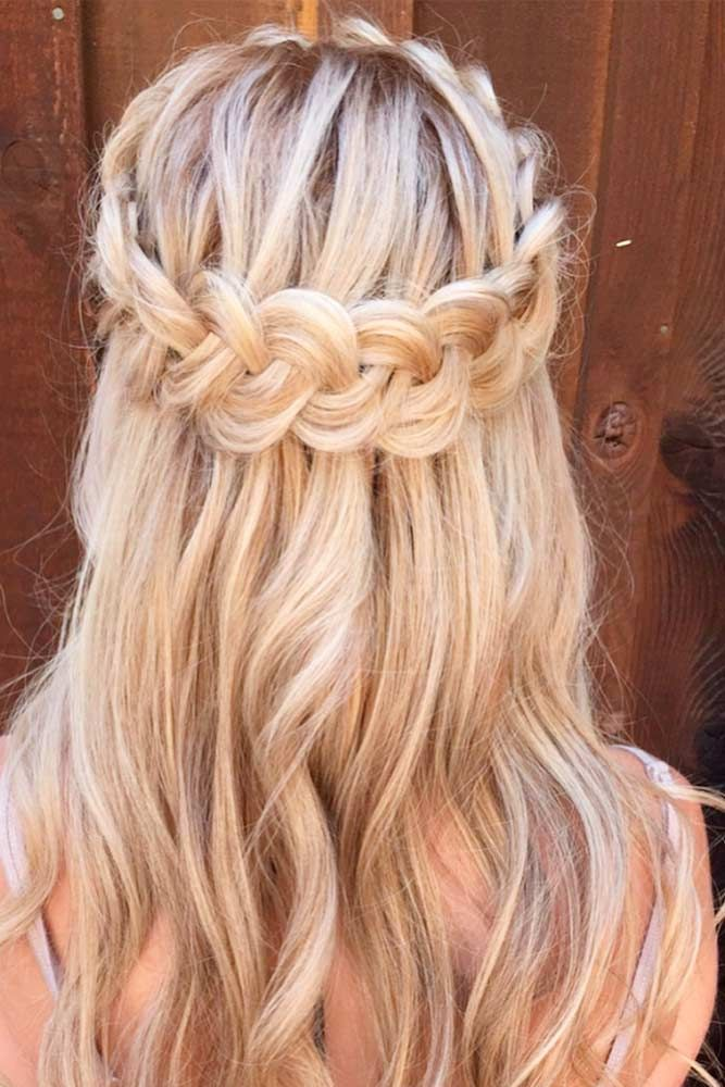 30 Cute Hairstyles For A First Date Hair Styles Down Hairstyles Easy Hairstyles