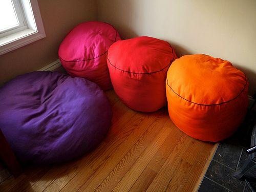 Links to various floor cushion tutorials at Terrabyte Farms   For ...