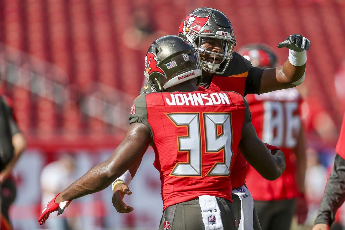 Photos Bucs Fall To Falcons In Season Finale Dirk Koetter S Final Game Tampa Bay Bucs Tampa Bay Falcons
