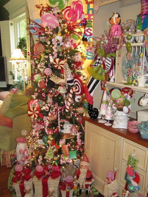 HGTV Gingerbread Candyland Christmas Tree Decoration noel