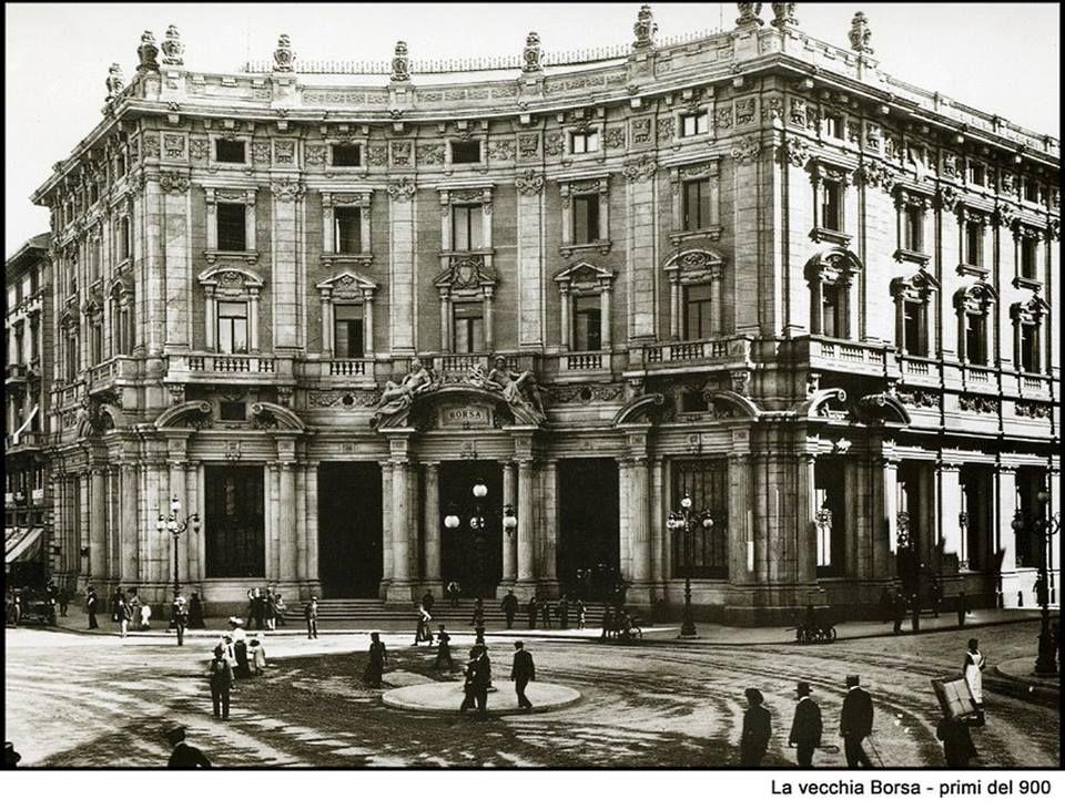 La Vecchia Borsa in Piazza Cordusio ai primi del 900
