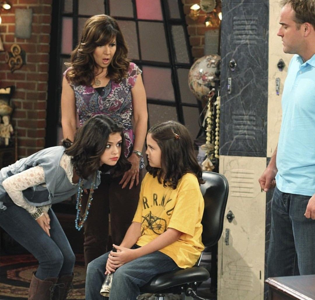 Pin by Betül on SG Movies | Wizards of waverly place ...