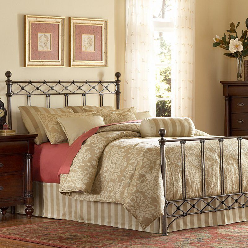 Fashion Bed Group Argyle Bed, Size Queen RN7095 King