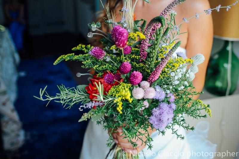 Bouquet Sposa Fiori Campo.Bouquet Sposa Con Fiori Di Campo In 2020 Flower Bouquet Wedding
