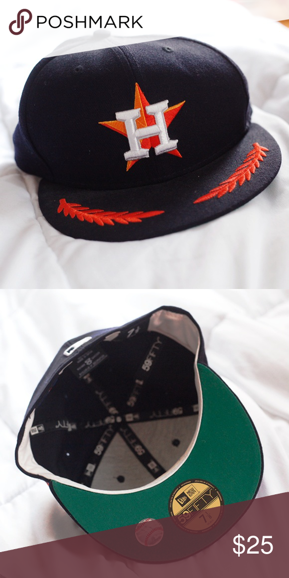 0ced48596a034 Houston Astros Fitted Hat (59/50) Cool fitted cap. Only used it ...