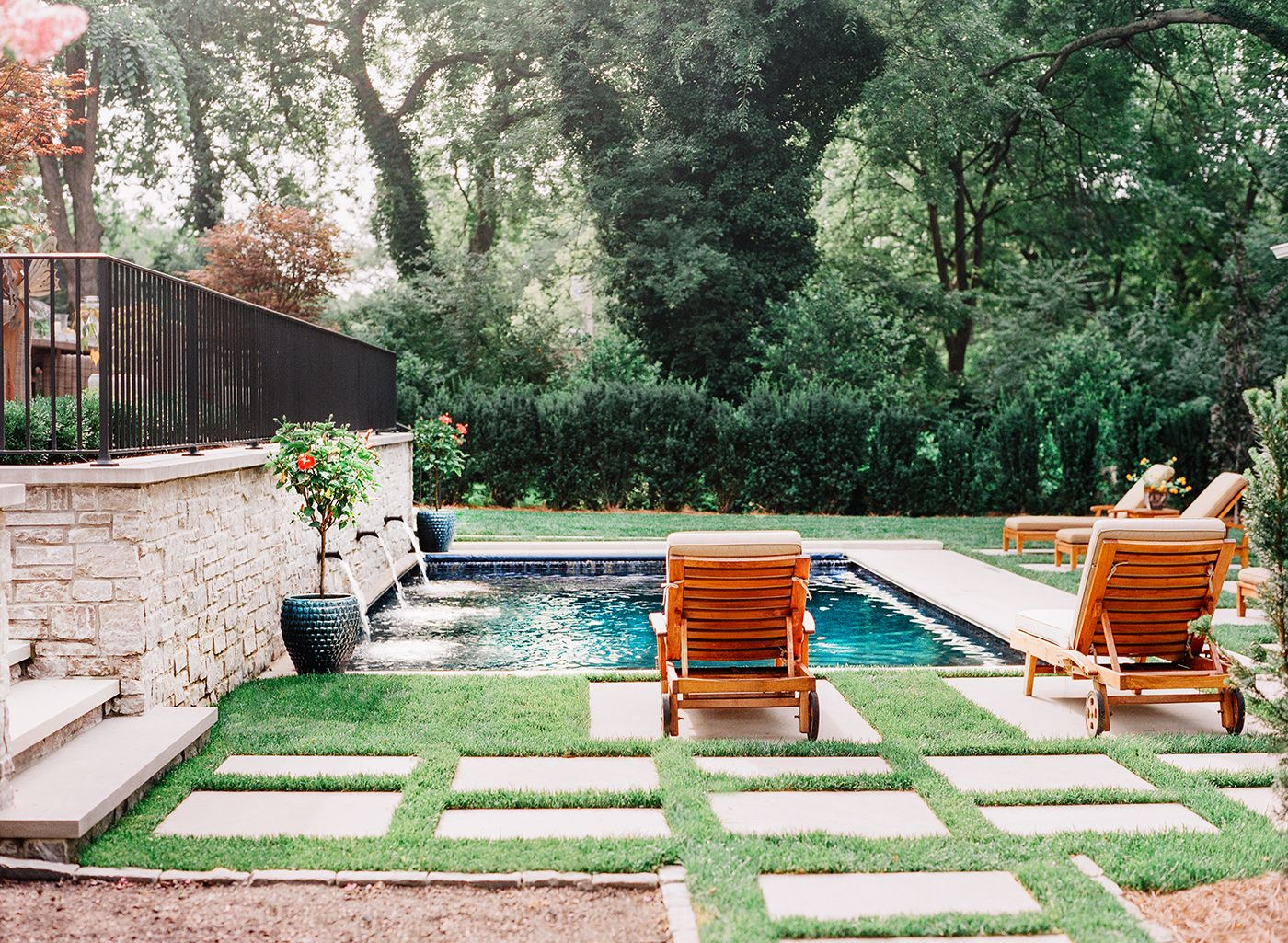 Landscape architecture by anne daigh landscaping with for Garden design nashville tn