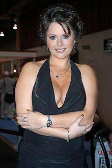 Jewel De Nyle