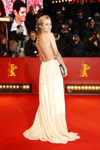 The 34 Most Iconic Backless Gowns to Hit the Red Carpet   Backless ...