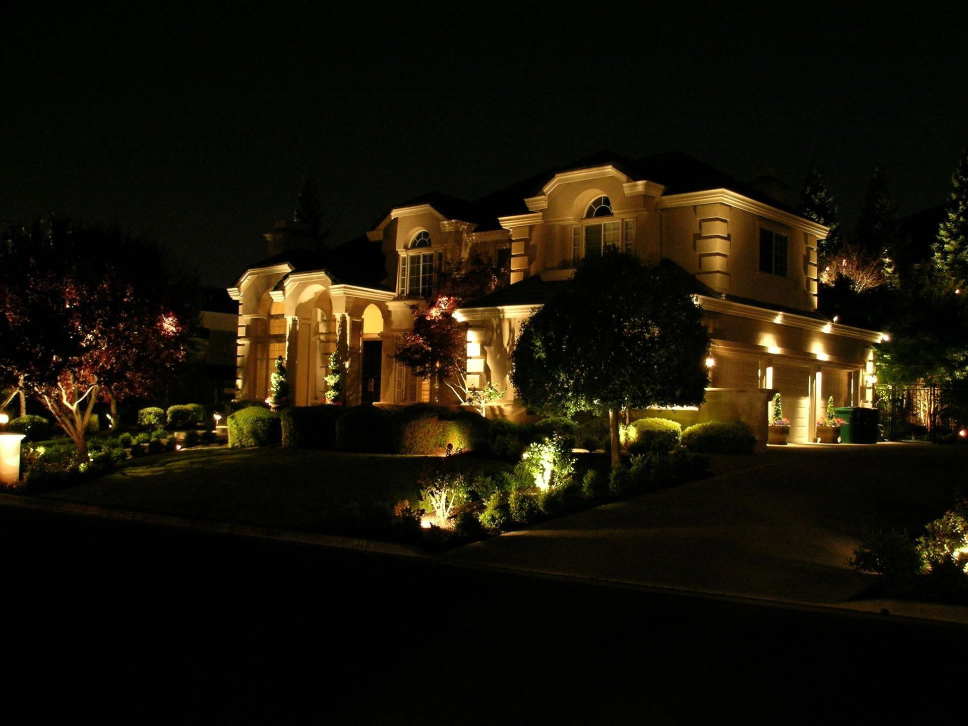 Residential Landscape Outdoor Lighting
