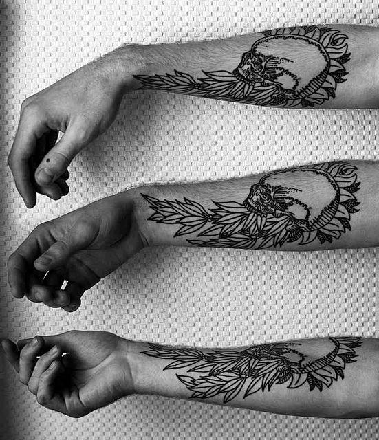 Healed Skull Wreath Tattoos Picture Tattoos Tattoo Designs