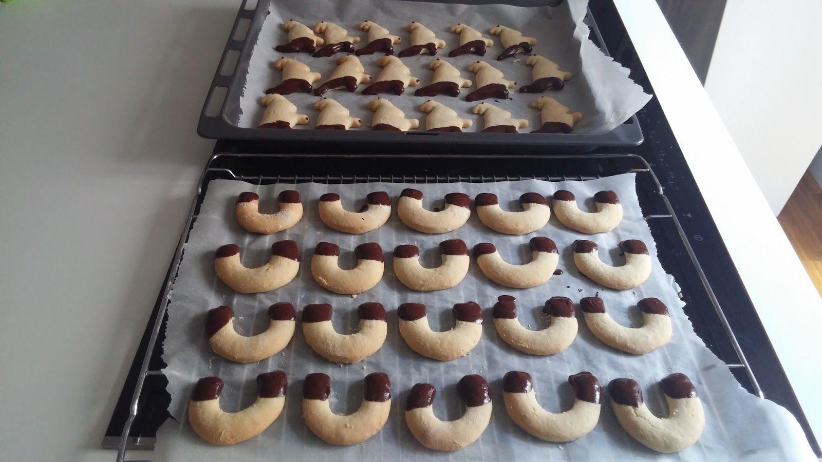 Vous allez adorer ces petits gâteaux très simples. Laissez libre cours à votre imagination pour faire les formes qui vous plaisent le plus. Une recette végétalienne, très simple à réaliser et vraiment gourmande!