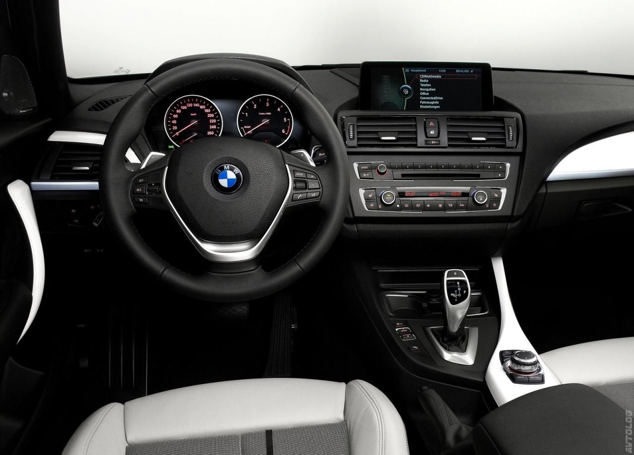 2012 Bmw 1 Series Interior Look At A 1 Series Bmw 1 Series Bmw