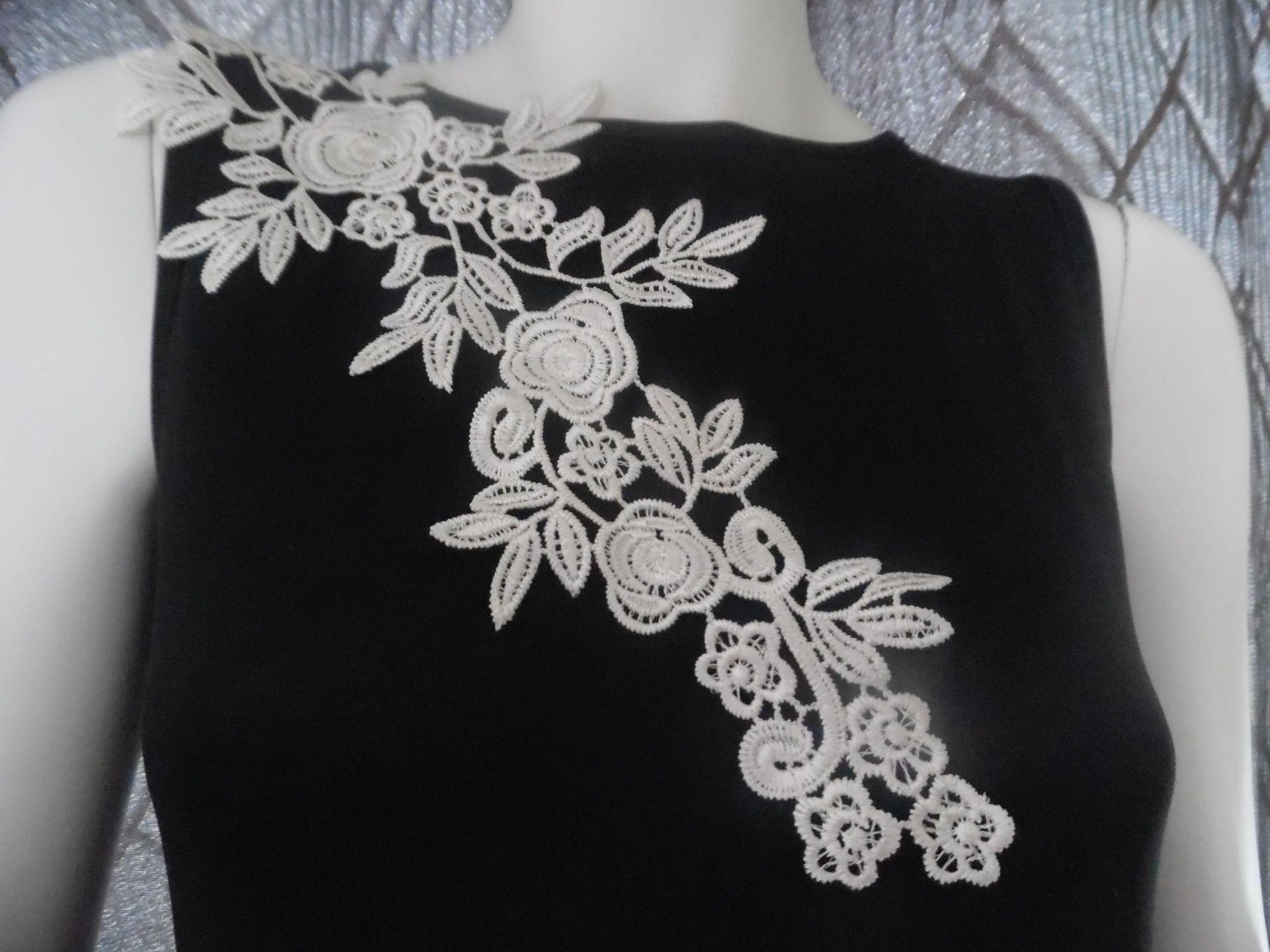 Melody Jane Maison de Poup/ées Gabarit /Épingl/é/à Tissu Fabrication de Robes Couture Pi/èce Accessoire