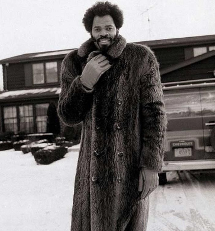'Froback Friday! The great Artis Gilmore.