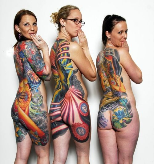 beautiful work on all ladies..i wonder if artists feel a lil