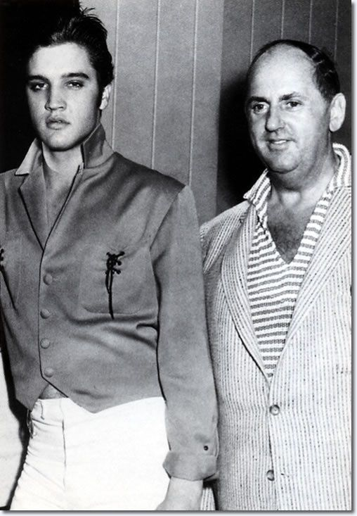 Elvis Presley With Colonel Tom Parker October 1956 Elvis Presley Elvis Presley Photos Elvis