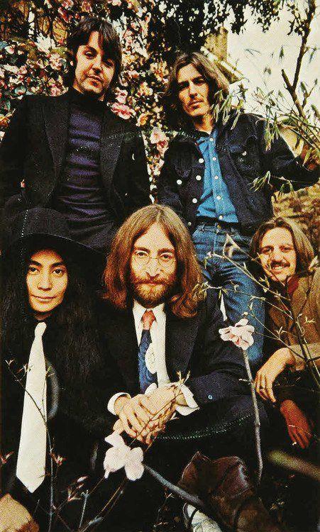 Paul McCartney, George Harrison, Yoko Ono-Lennon, John Lennon, and Richard Starkey
