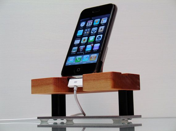 iPhone Dock and Charging Stand for any iPhone par ...