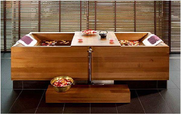 Baignoire en bois | baignoire japonaise | Pinterest | Japanese bath ...