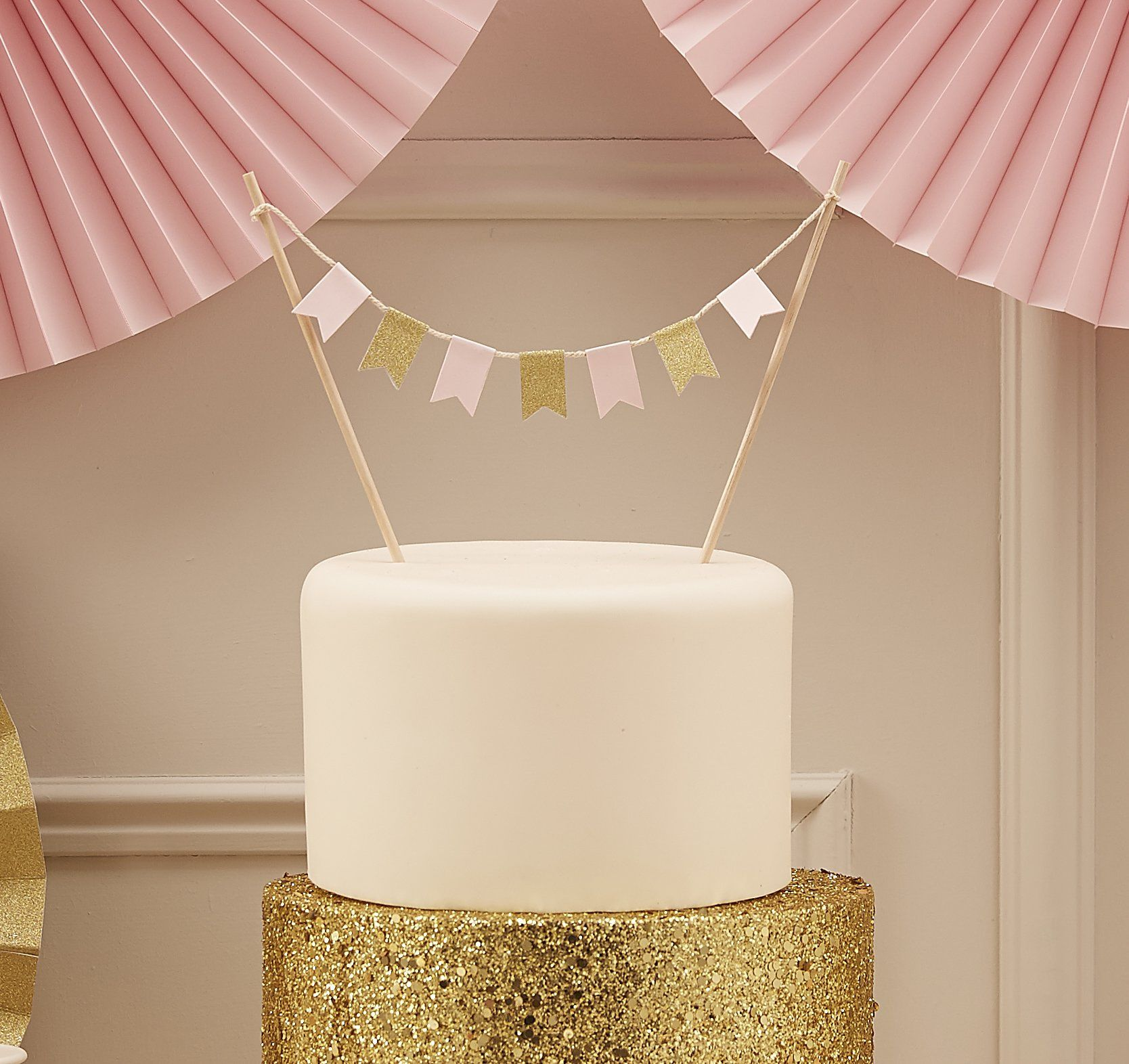 Wedding decorations gold and pink  Amazon Ginger Ray Pastel Perfection Sparkle PartyWedding Cake