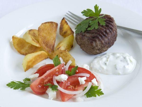 Tartaartje met Griekse tomatensalade & tzatziki - Grieks | Weekmenu
