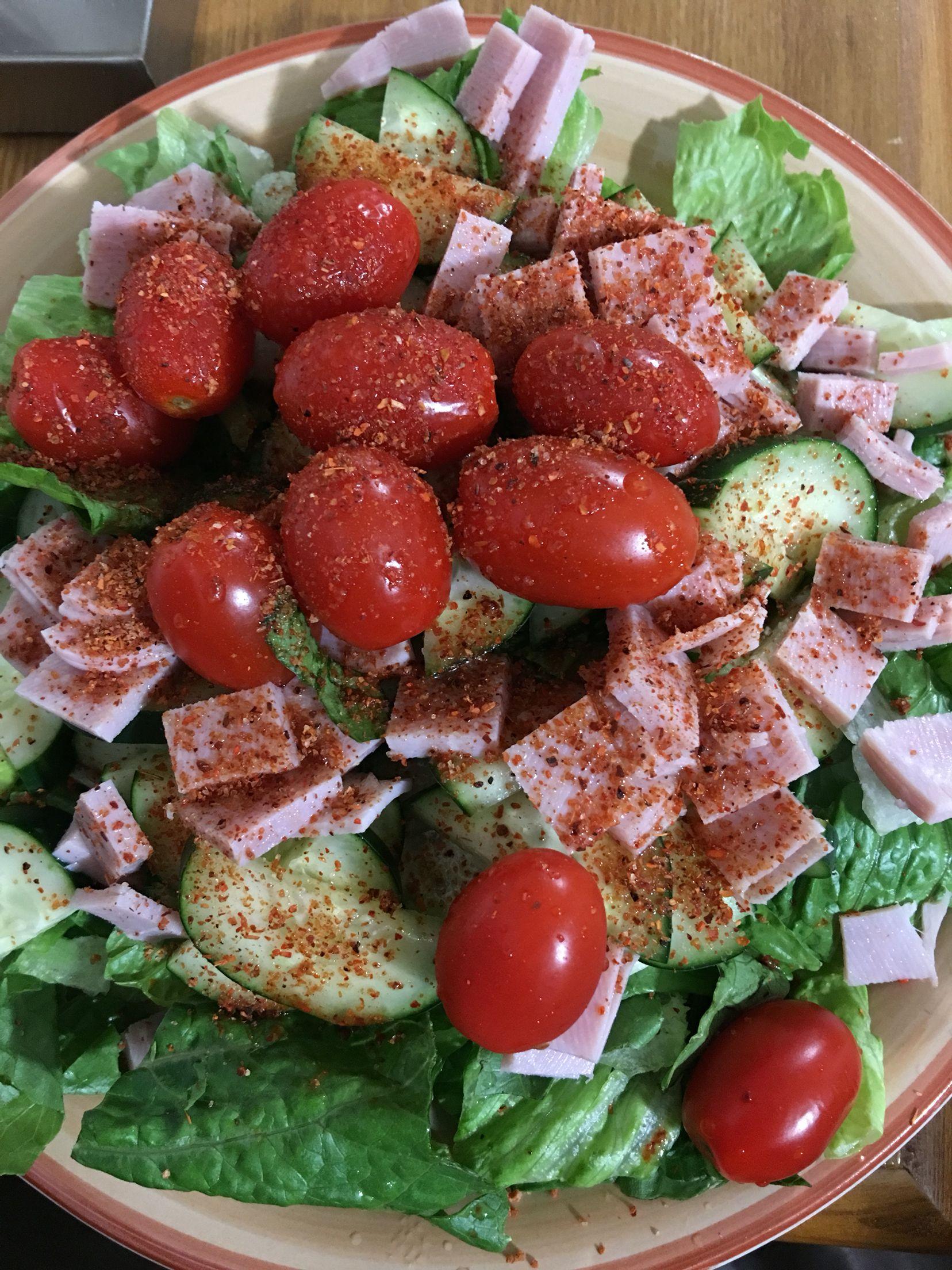 Cena deliciosa saludable caprese salad salad y food for Cenas faciles y economicas
