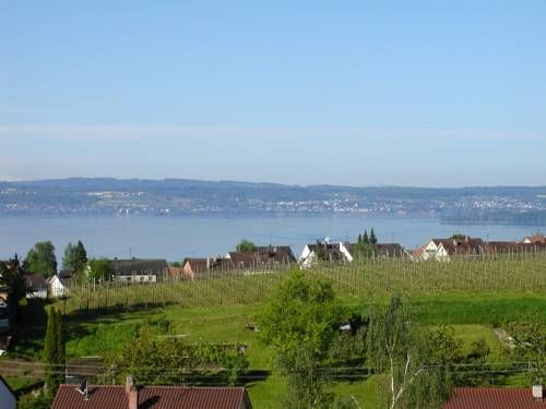 Haus Gerhard Meersburg Situated in Meersburg, this apartment is 9 km from Konstanz. Haus Gerhard boasts views of the mountain and is 41 km from Bregenz. Free private parking is available on site.  There is a seating area and a kitchen.
