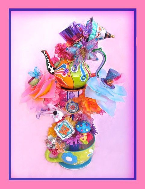BEE-you-tea-ful Mad Tea Party centerpiece from etsy seller LaDeeDah2: